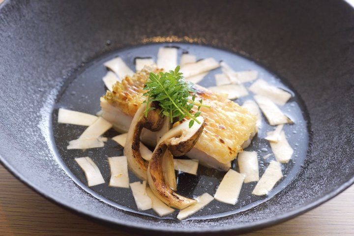 Japanese Cuisine Kakujyu (日本料理 鶴寿(かくじゅ))