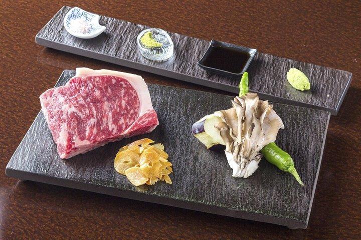 PREMIUM POUND Sanjo-kiyamachi (Kyoto) (プレミアム 听(ポンド) 三条木屋町店)