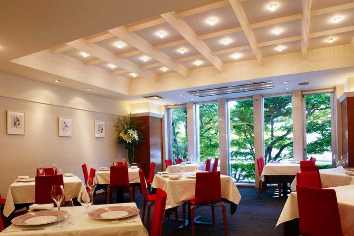 Restaurant FEU (レストラン フウ  (Restaurant FEU))