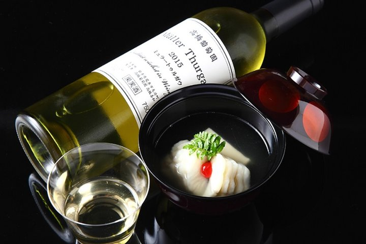 ~ Wine and Japanese Cuisine ~ Shu-tei Akanezaka (~ワインと和食~ 酒亭 茜坂)