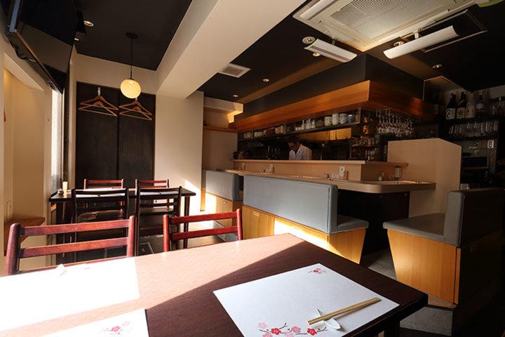 Four seasons bar (四季のバル)の写真